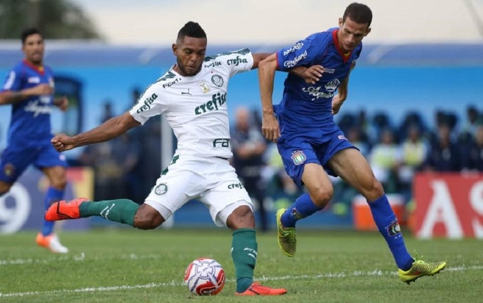 Palmeiras vence São Caetano e segue invicto no Paulistão