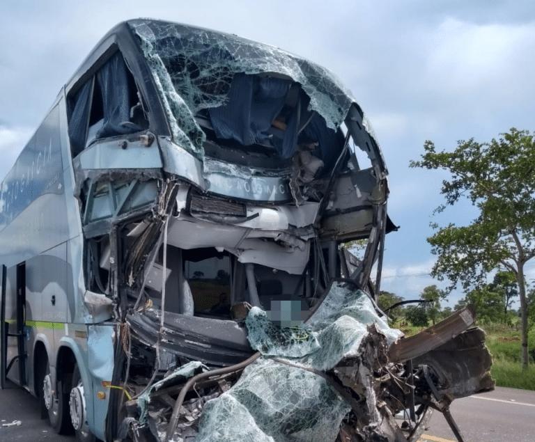 Motorista morre em acidente com ônibus na BR-163 – AssisNews