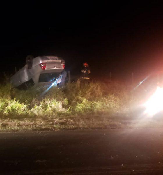 Motorista teve ferimentos leves (Foto: Divulgação)