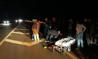 Acidente entre moto e bicicleta deixa um morto em Cândido Mota (Foto: Sidney Fernandes)