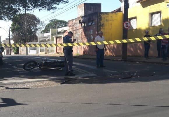 Acidente registrado na Humberto de Campos com Rua São Paulo (Foto: The Brothers/Cedida ao AssisNews)