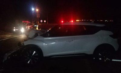 Acidente entre carro e caminhão mata criança na SP-333 (Foto: The Brothers)