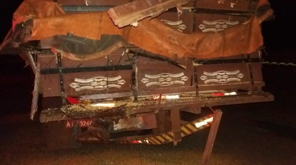 Colisão entre caminhões foi registrada em Taciba — Foto: Polícia Rodoviária/Cedida