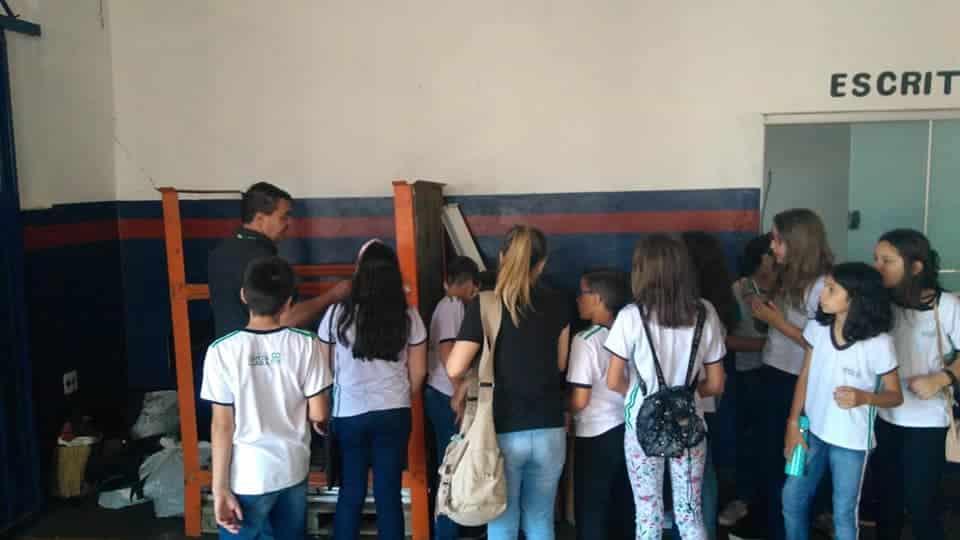 Alunos de Cândido Mota visitam projeto do Civap (Foto: Divulgação)