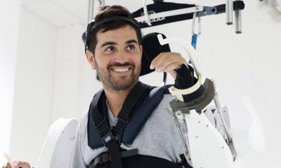 Equipamento é semelhante a um exoesqueleto — Foto: Fonds de Dotatio Clinatec