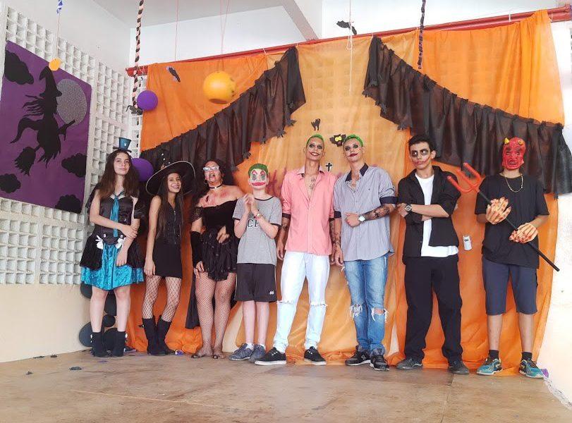 """Halloween no """"Carolina Burali"""" movimenta alunos e professores (Foto: Divulgação)"""