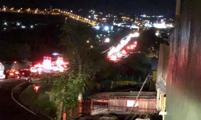 Congestionamento na rodovia após o acidente (Foto: Divulgação)
