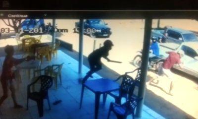 PM de folga atira em jovem que atacou cliente com facão em sorveteria em Colniza — Foto: Polícia Militar de Mato Grosso/Divulgação