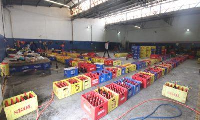 Bebidas falsificadas em depósito foram alvo de operação da Polícia Civil de Bauru: uma prisão (Foto: Vinicius Bomfim)