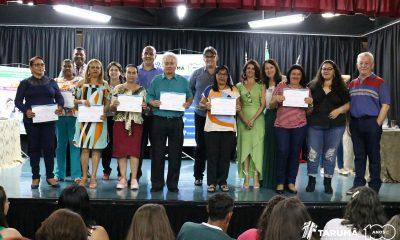 Tarumã entrega certificados dos cursos oferecidos pelo Centro Comunitário de Formação Profissional