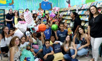 Ação Solidária destina presentes de Natal a alunos da EMEIF Mafalda (Foto: Divulgação)