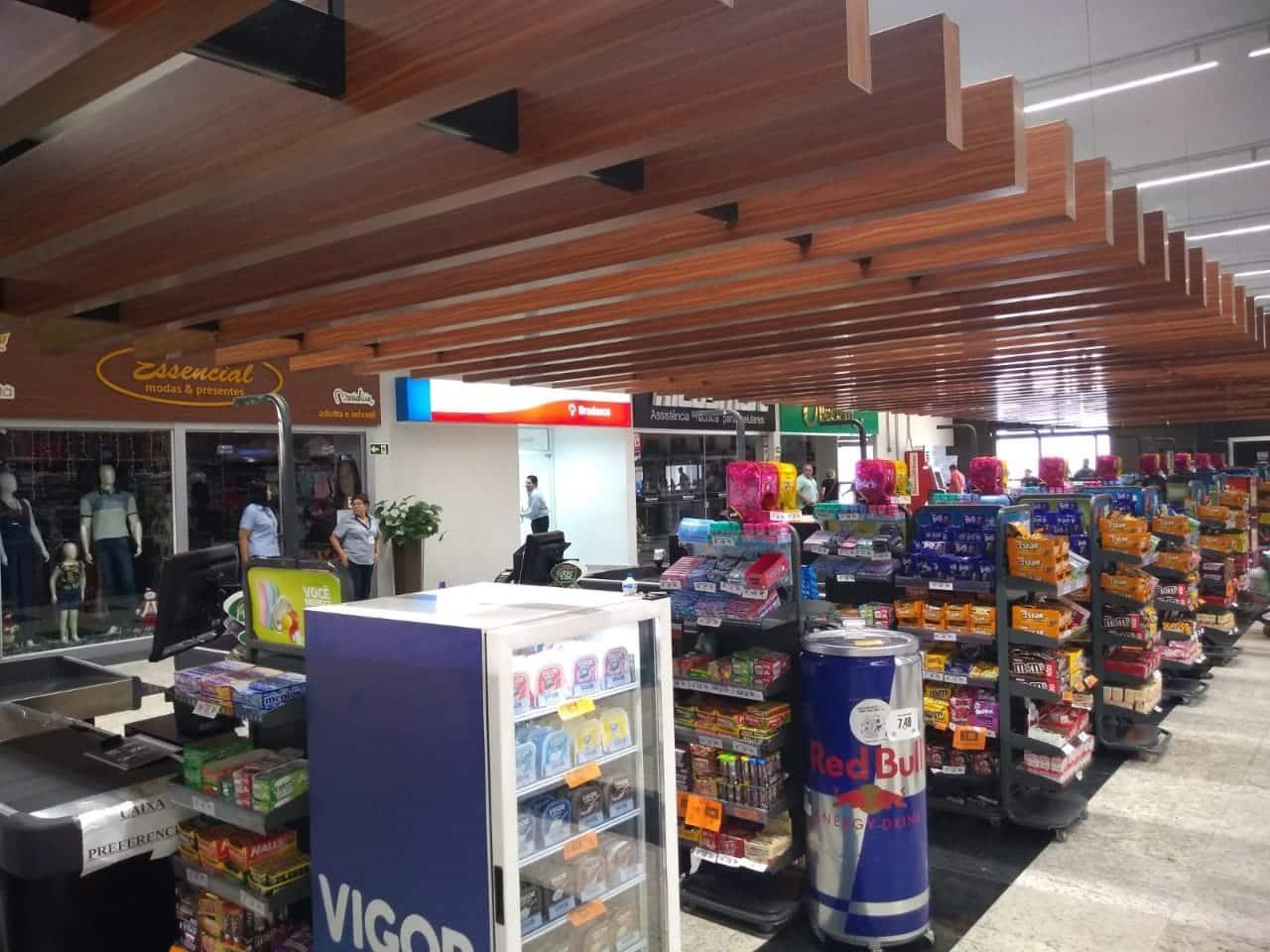 Supermercado Avenida Max é reinaugurada em Assis (Foto: Paty Ribeiro/AssisNews)
