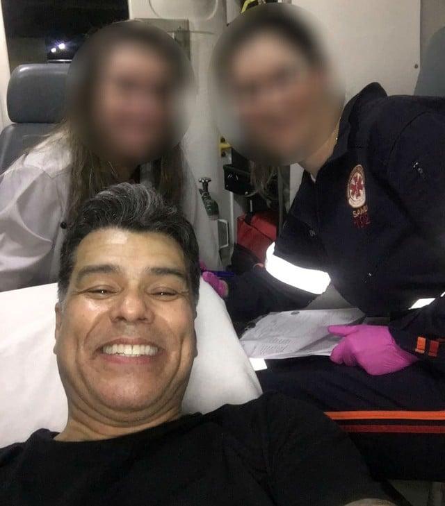 Maurício Mattar tirou selfie com funcionárias do Samu em Bauru; ele sofreu um infarto na cidade — Foto: Arquivo pessoal