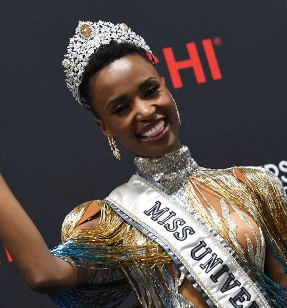 A Miss Universo 2019 Zozibini Tunzi, da África do Sul — Foto: Valerie Macon / AFP Photo