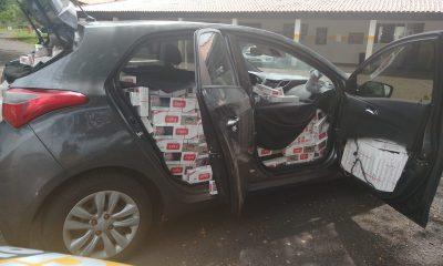 Polícia apreende carga de cigarros contrabandeados após motorista tentar fugir a pé em Assis — Foto: Polícia Rodoviária/Divulgação