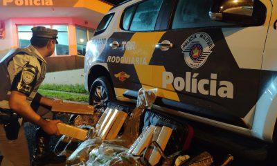 Polícia apreende maconha e skank com passageiras de ônibus em Assis — Foto: Polícia Rodoviária/Divulgação