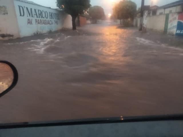 Chuva em Paraguaçu Paulista causa transtornos na cidade — Foto: Divulgação/Defesa Civil