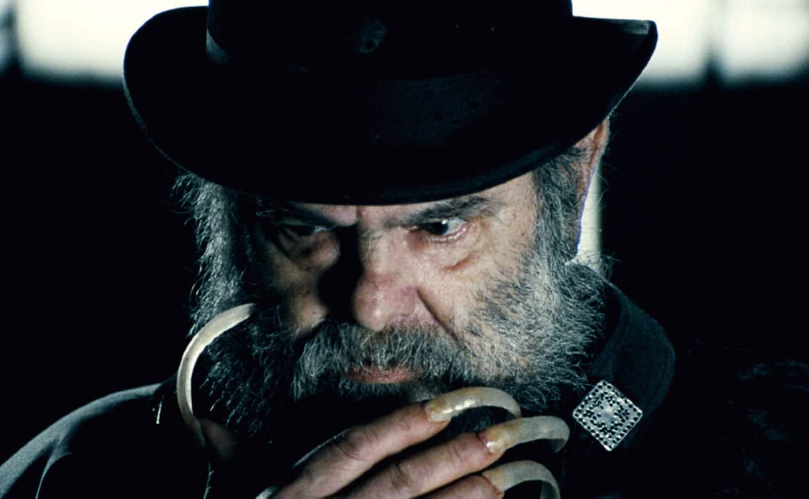 Zé do Caixão no filme 'Encarnação do Demônio', de 2008 — Foto: Divulgação