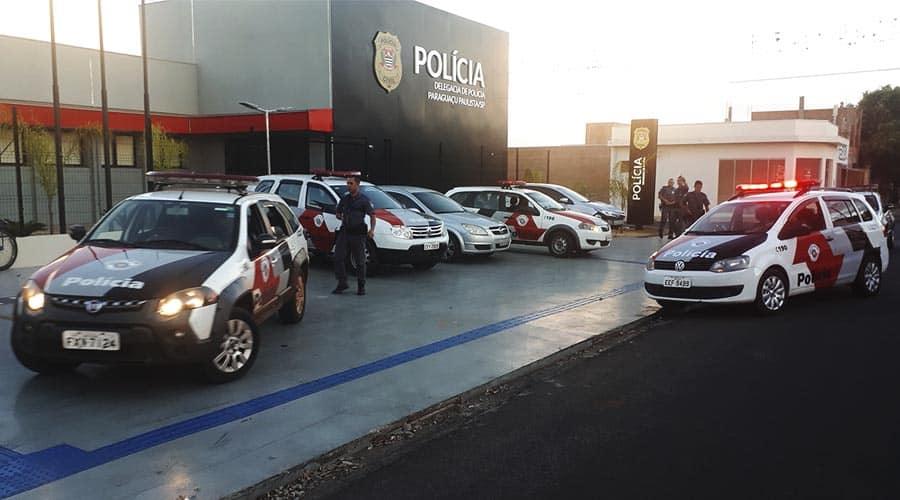 Quadrilha é presa pela PM após roubar residência em Paraguaçu Paulista (Foto: Manoel Moreno)