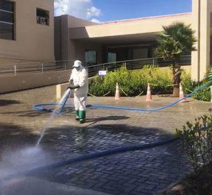 Prefeitura inicia assepsia em áreas hospitalares (Foto: Departamento de Comunicação)