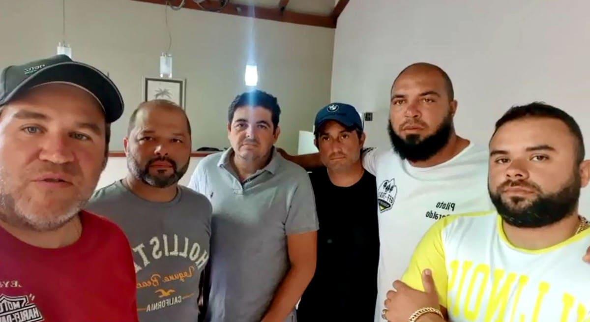 """Grupo de motociclistas retido na Argentina em quarentena pelo coronavírus gravou vídeo relatando a situação: """"Estamos bem"""" — Foto: Arquivo pessoal"""
