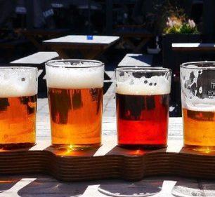 Cerveja pode fazer parte da alimentação cotidiana, mas sem excessos (Foto: Pixabay)