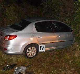 Jovem de 26 anos colide carro contra carreta na rodovia Paraguaçu/Assis (Foto: Manoel Moreno)