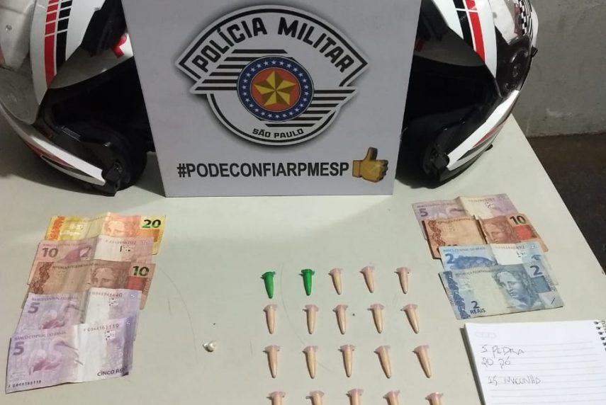 Homem de 54 anos é preso com drogas em Cândido Mota (Foto: Divulgação/Polícia Militar)