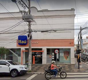 Suspeita de Covid em funcionária provoca interdição da agência do banco Itaú (Foto: Ello Comunica)
