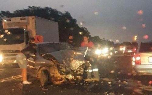 Batida frontal aconteceu no trecho da SP-294 entre Marília e o distrito de Padre Nóbrega (Foto: Visão Notícias/Divulgação)