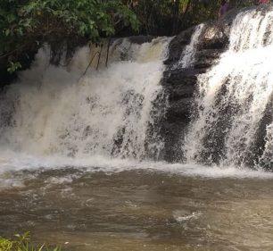 Homem é encontrado morto em cachoeira neste domingo (Foto: Tiago Rodrigues/TV Fronteira)