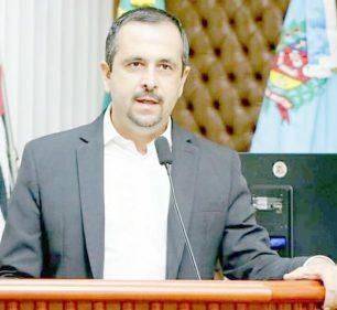 Vereador Vinícius Simili, do PDT, é o autor do projeto (Foto: Divulgação)