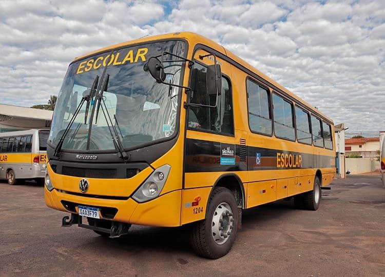 Prefeitura recebe do Estado novo ônibus adaptado para transporte dos alunos da Rede Municipal de Ensino (Foto: Departamento de Comunicação)