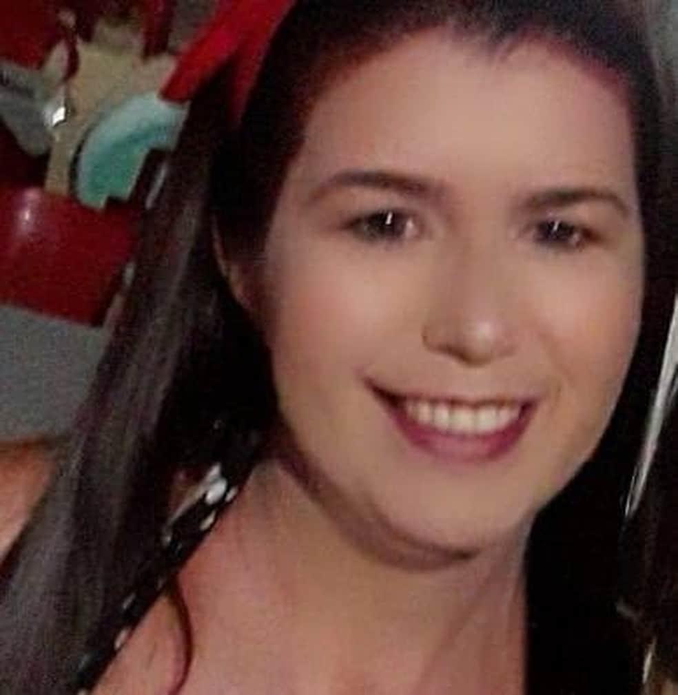 Eunice estava na garupa da moto que foi atingida pelo carro em Paraguaçu Paulista — Foto: Facebook/ Reprodução
