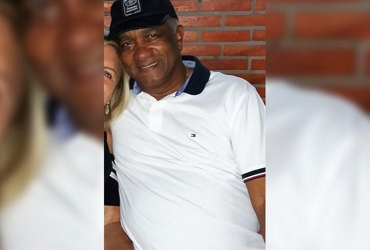 O empresário Paulo Roberto Athaliba, de 64 anos, se acidentou no elevador se sua própria casa, em condomínio de Assis (Foto: Arquivo pessoal)