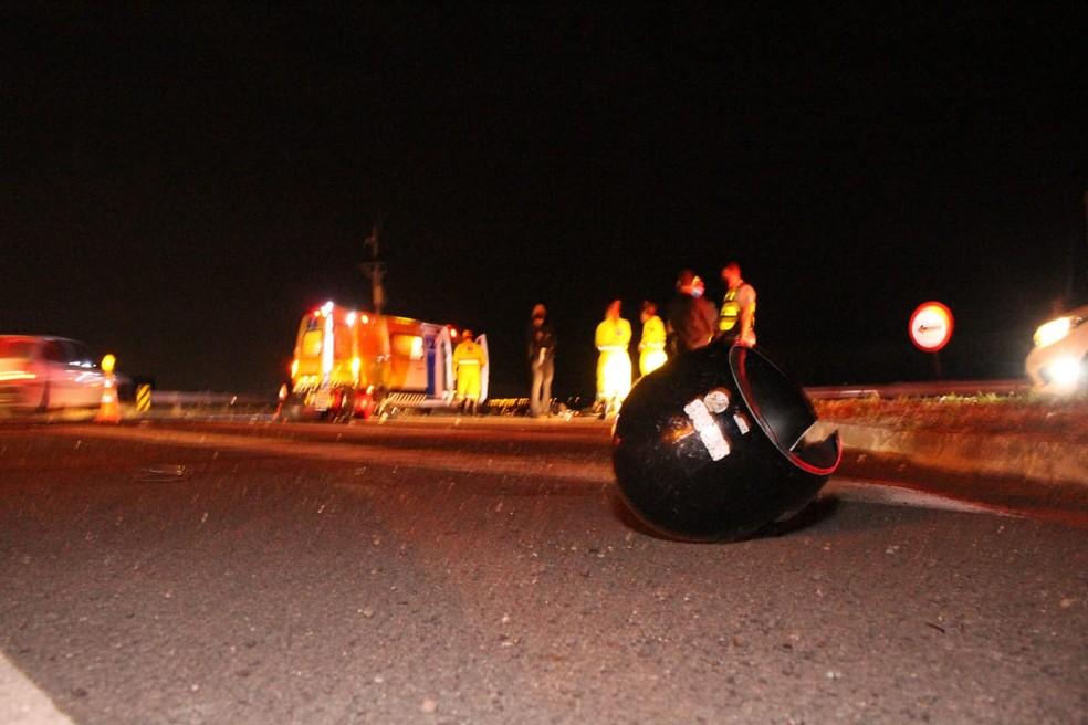 Acidente com o motociclista aconteceu na SP-294 em Marília — Foto: Paulo Cansini/ Jornal da Manhã