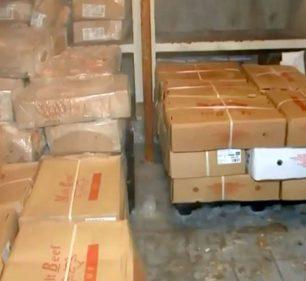 Sete toneladas de carne estragada foram achadas na cozinha-piloto de Marília e iriam para a merenda escolar — Foto: TV TEM/Reprodução/Arquivo