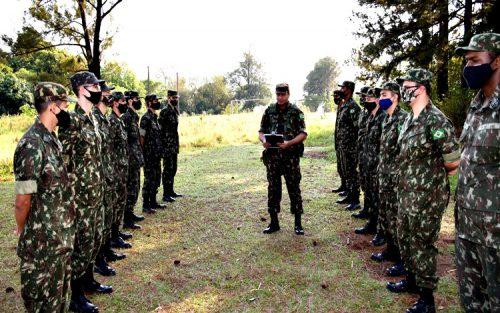 Tiro de Guerra realiza seleção para jovens nascidos no ano de 2003 (Foto: Departamento de Comunicação)