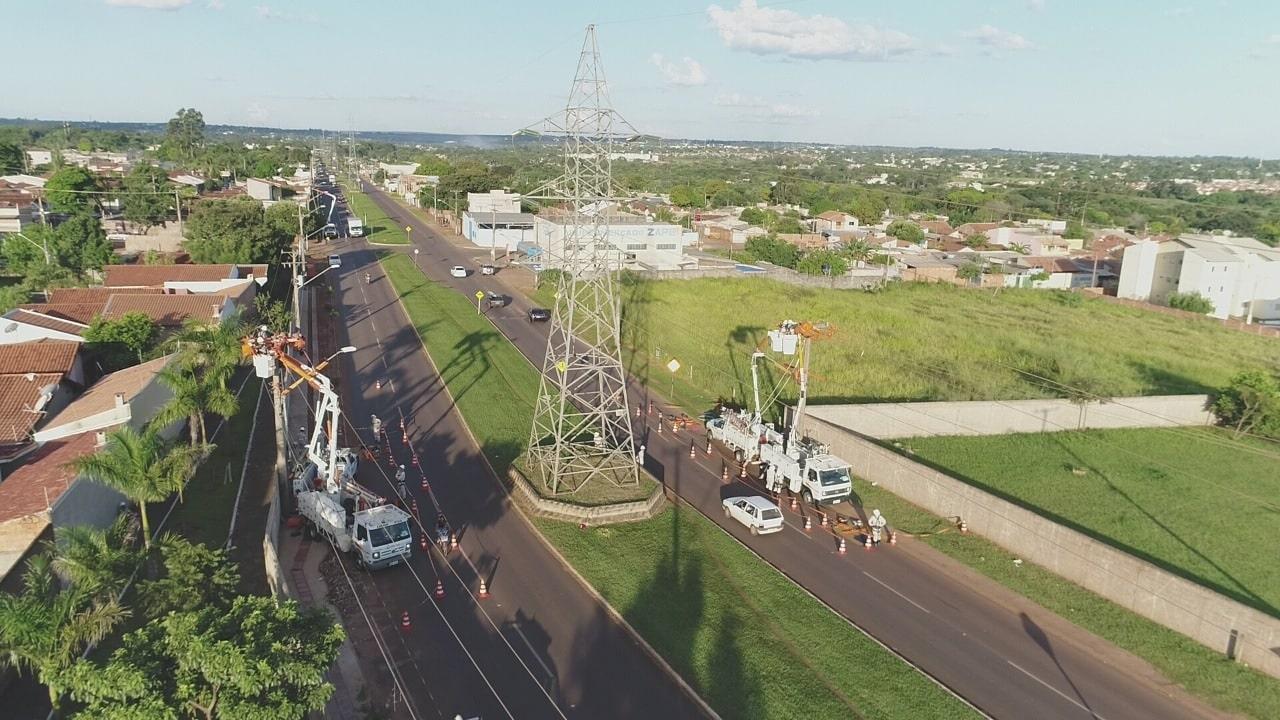 Intervenções na rede de energia elétrica devem ser realizados por profissionais da Energisa
